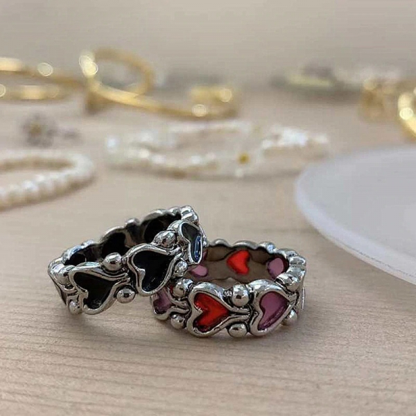 HUANZHI-2020-New-Individuality-Baroque-Vintage-Hit-Colour-Love-Heart-Metal-Rings-for-Women-Girls-Party